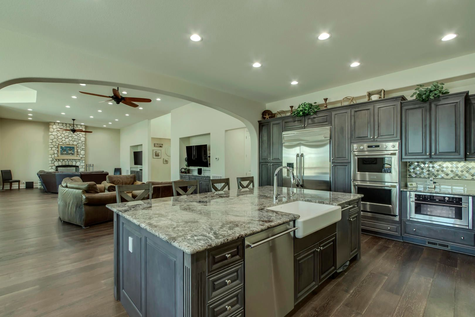 15_CabotRidgeLane_12815_Kitchen04