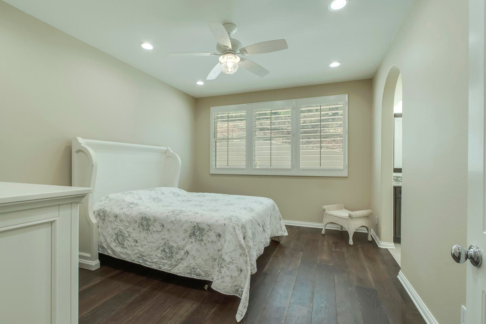 27_CabotRidgeLane_12815_Bedroom3_01