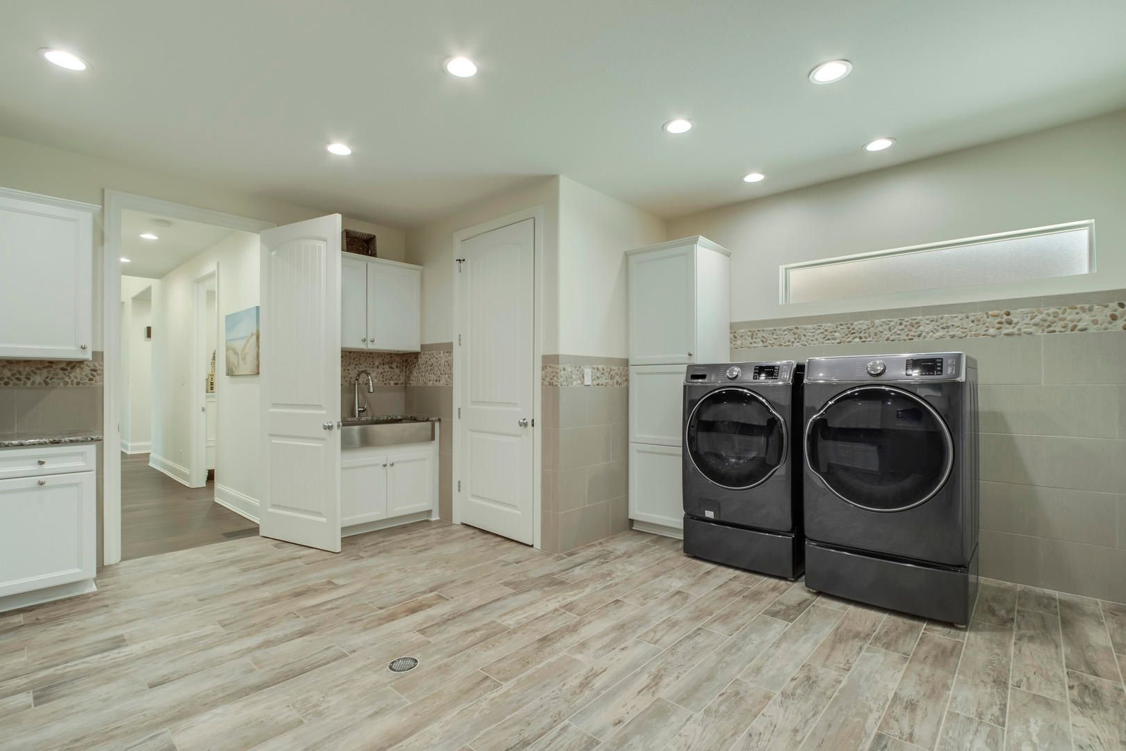 30_CabotRidgeLane_12815_Laundry-Mudroom0