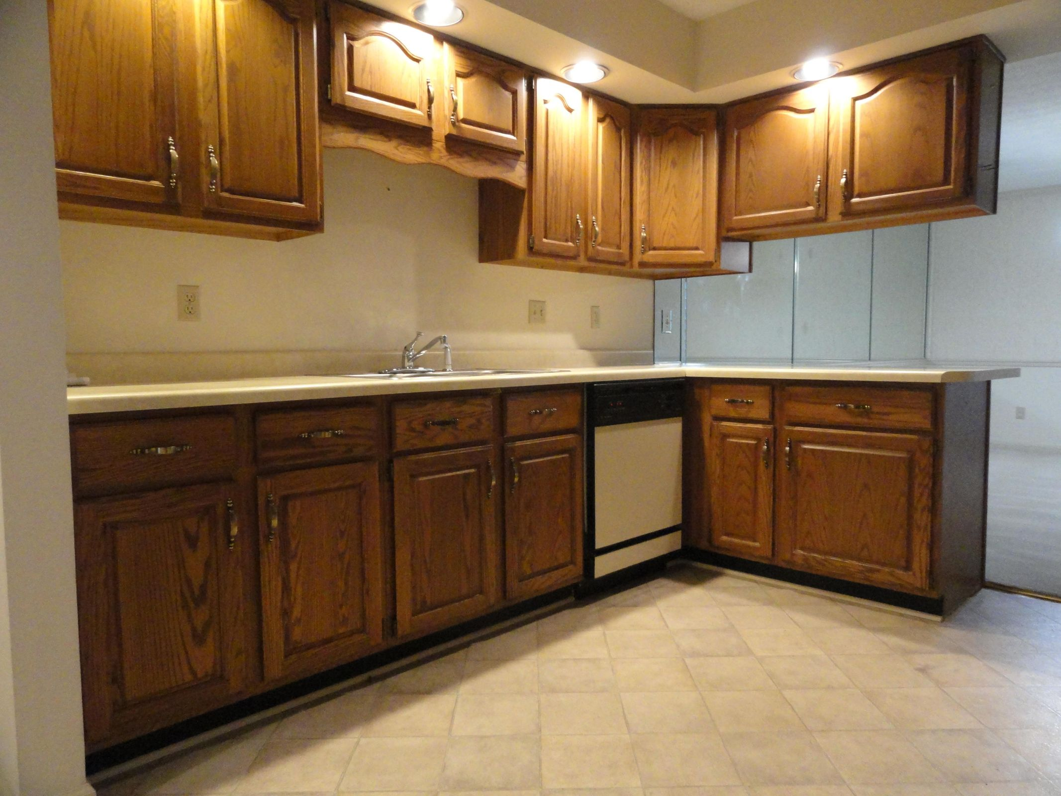 Beautiful Oak Cabinets