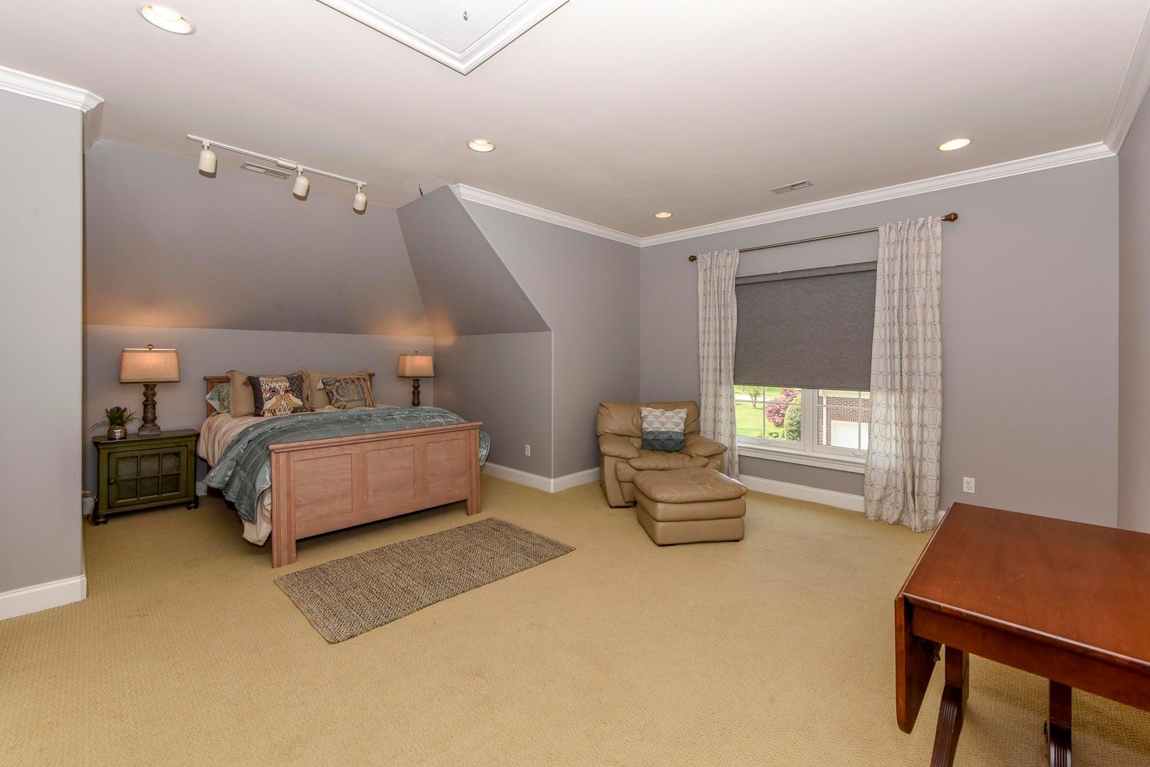 Bedroom 5/Upstairs Bonus