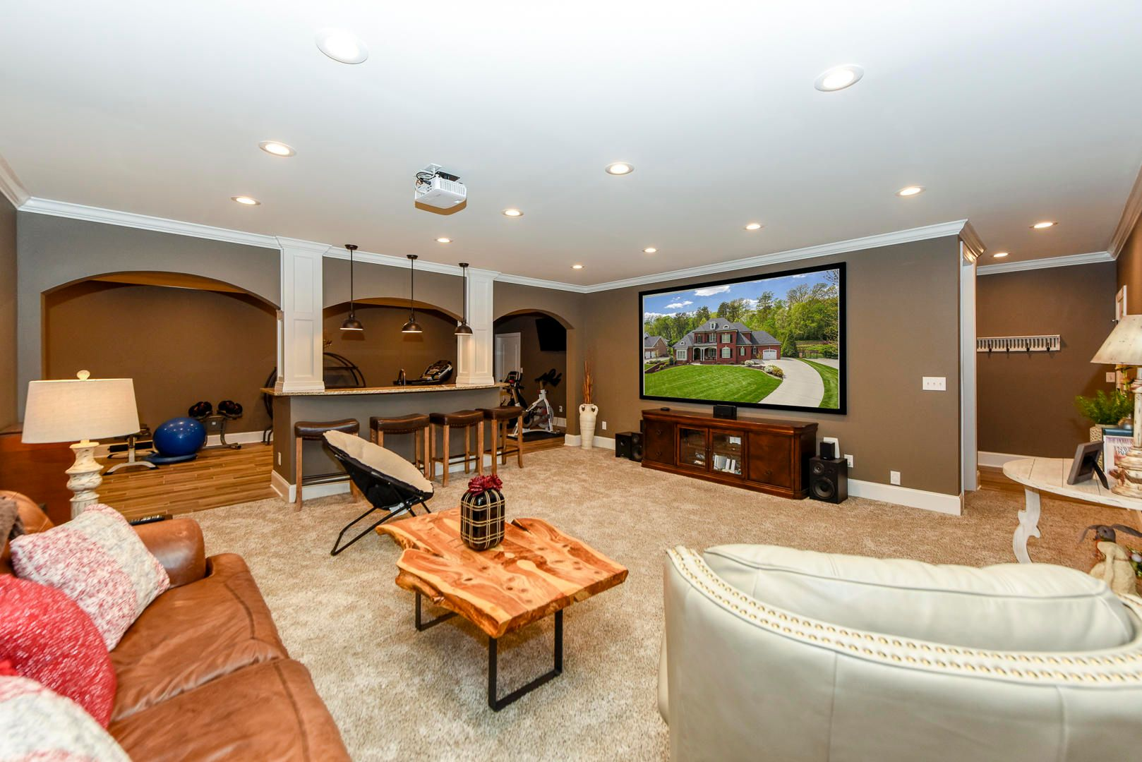 Basement with projection system