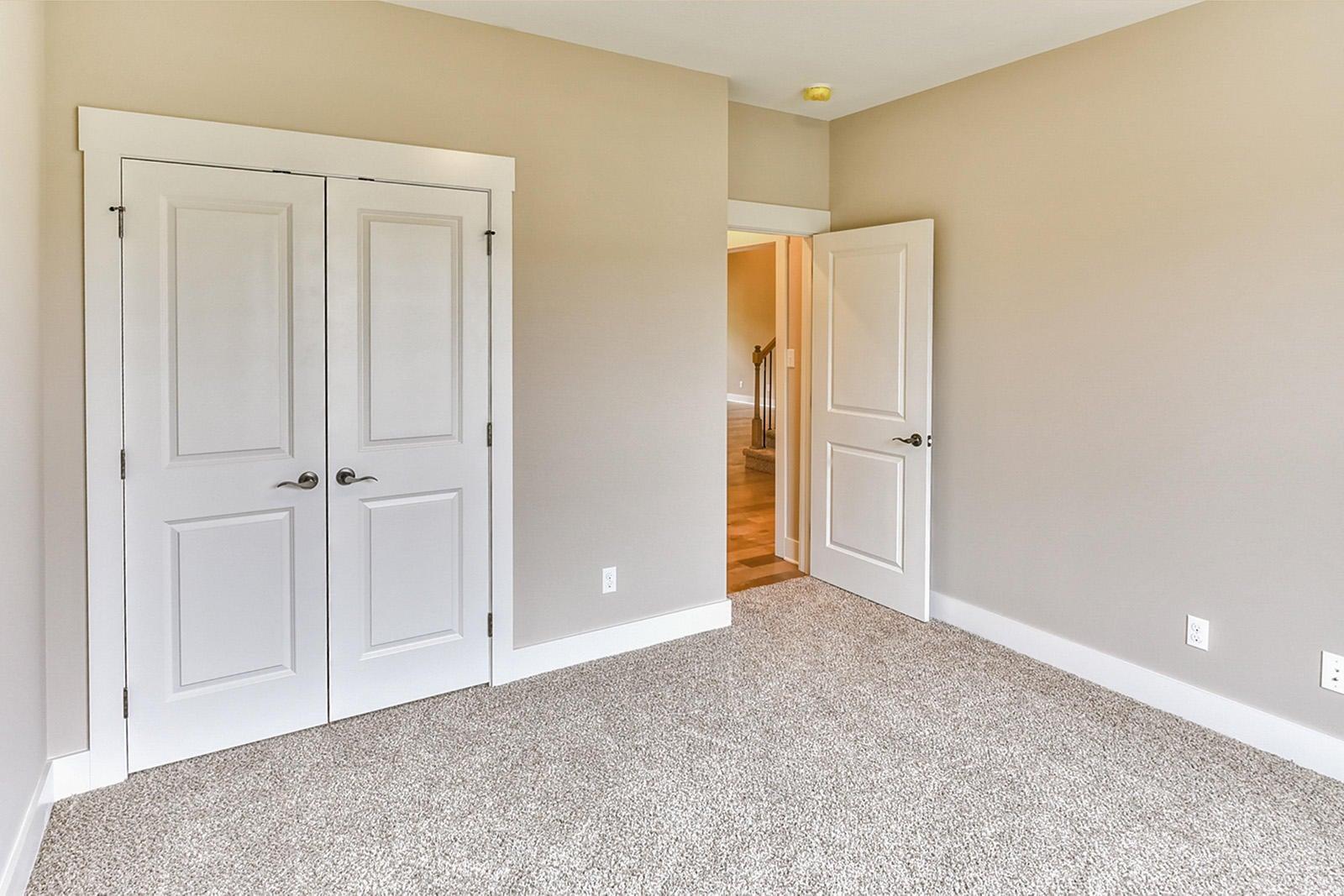 Interior Bedrm1-2