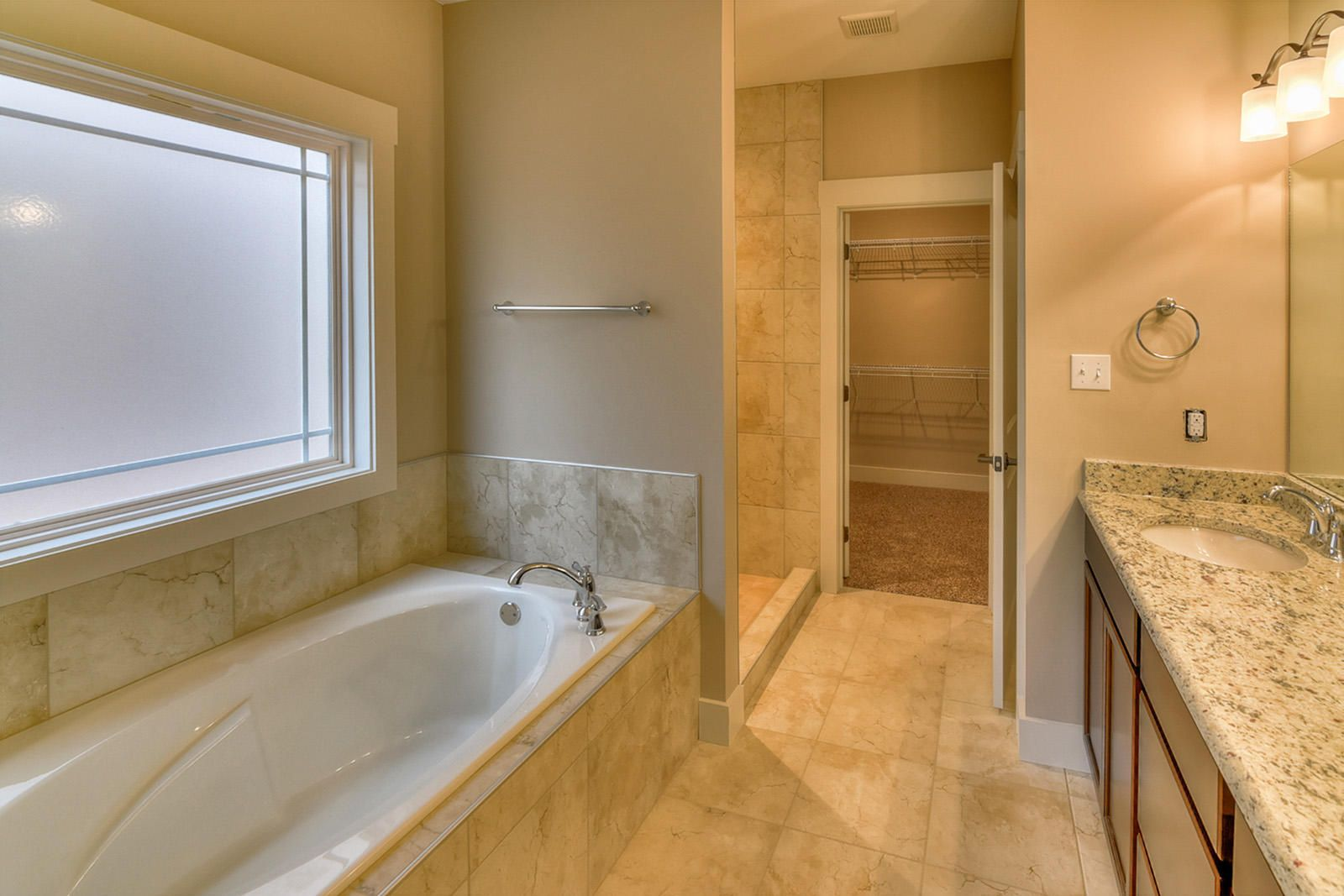 Interior Bathrm Mstr