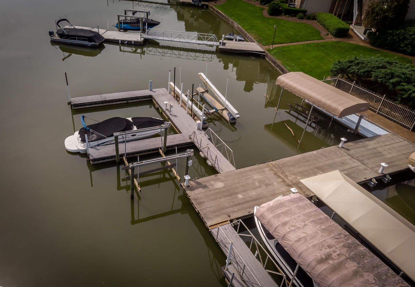 2209 Breakwater Dr Knoxville-large-039-3
