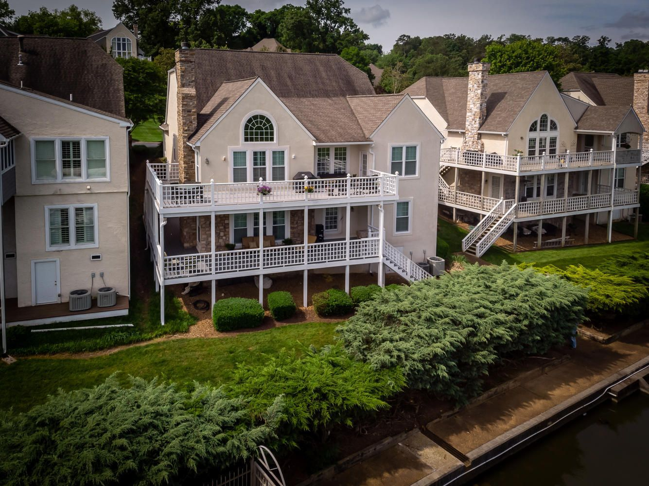 2209 Breakwater Dr Knoxville-large-035-2