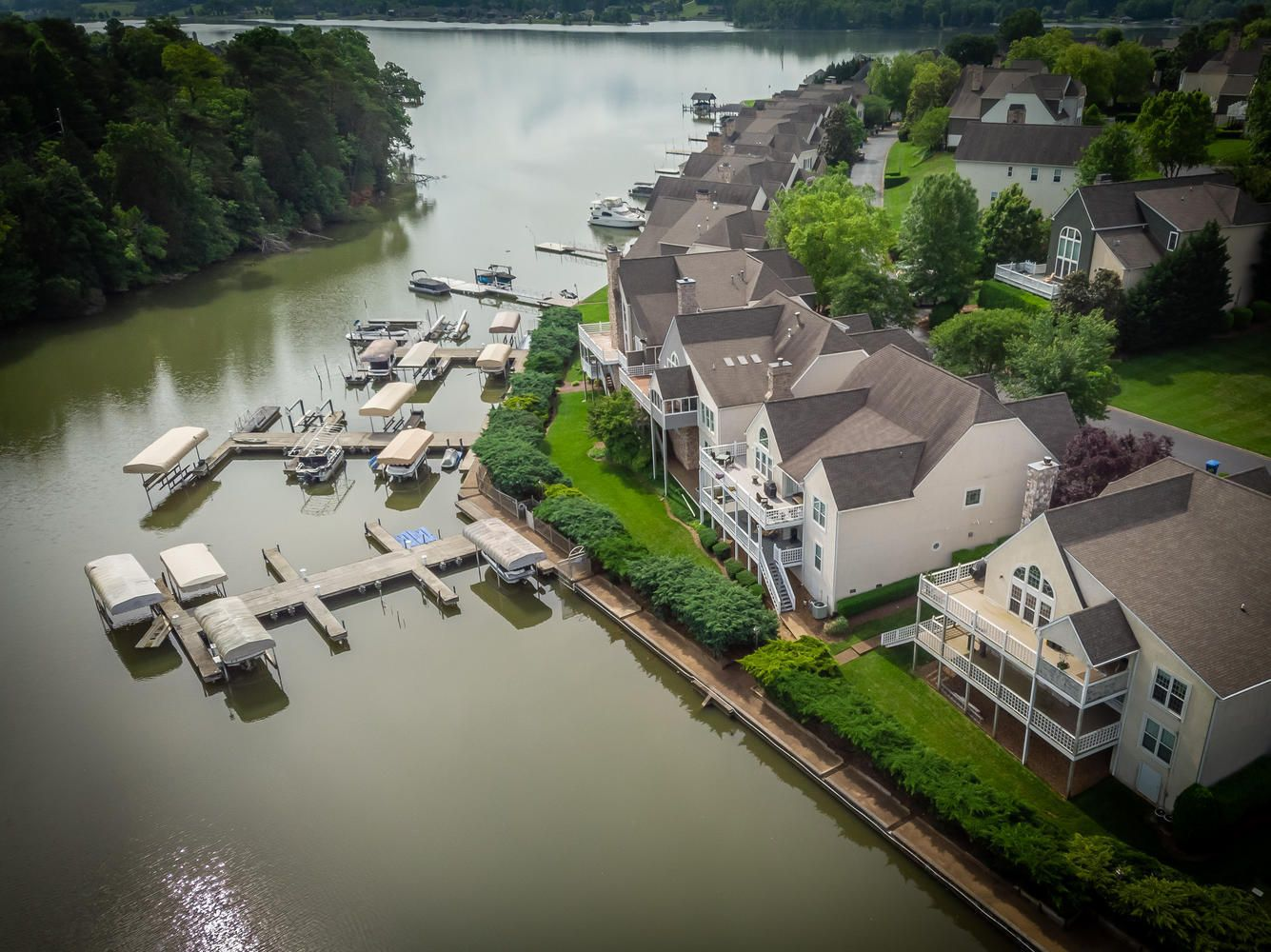 2209 Breakwater Dr Knoxville-large-032-1