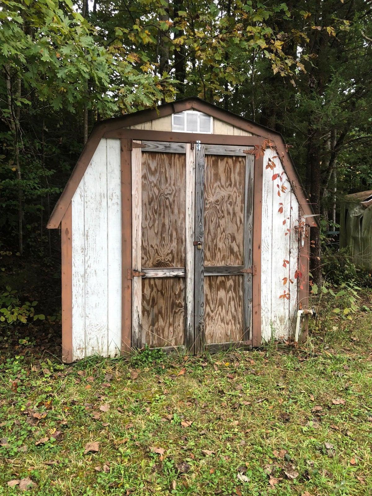 2744 cedar bluff shed