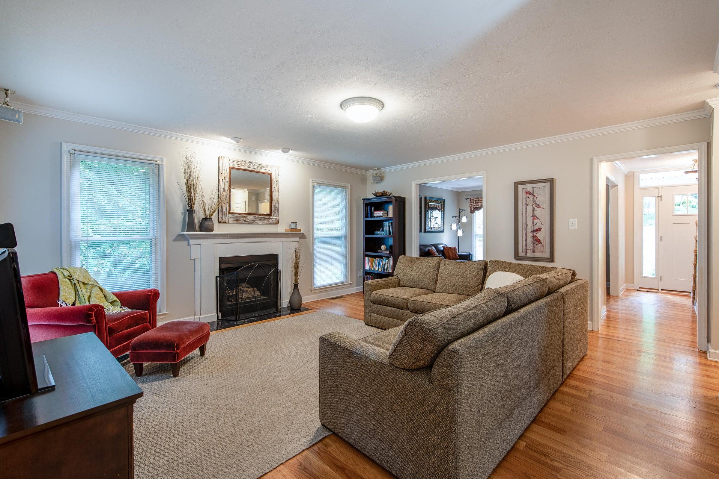 main floor - family room looking northwe