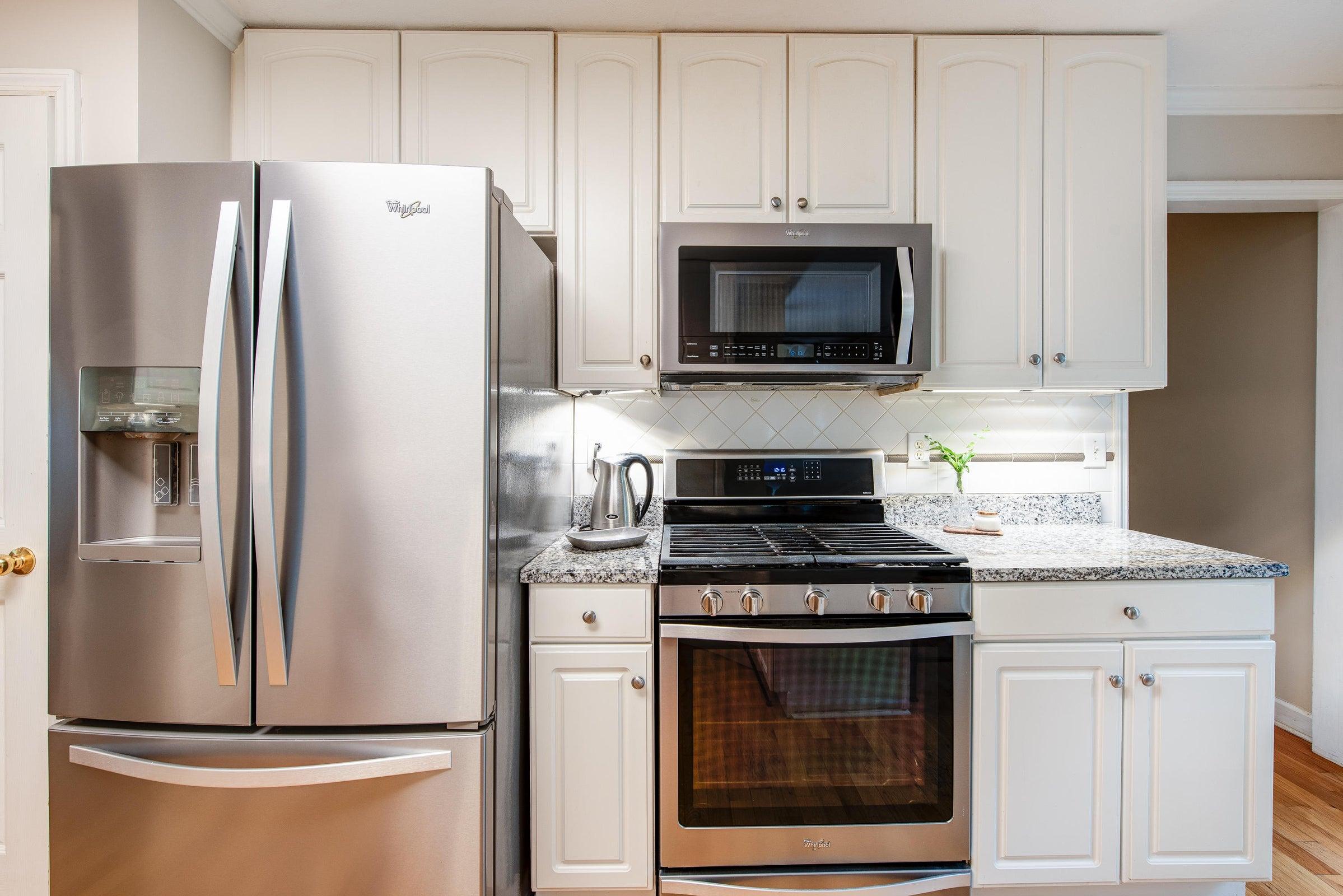 main floor - kitchen 1