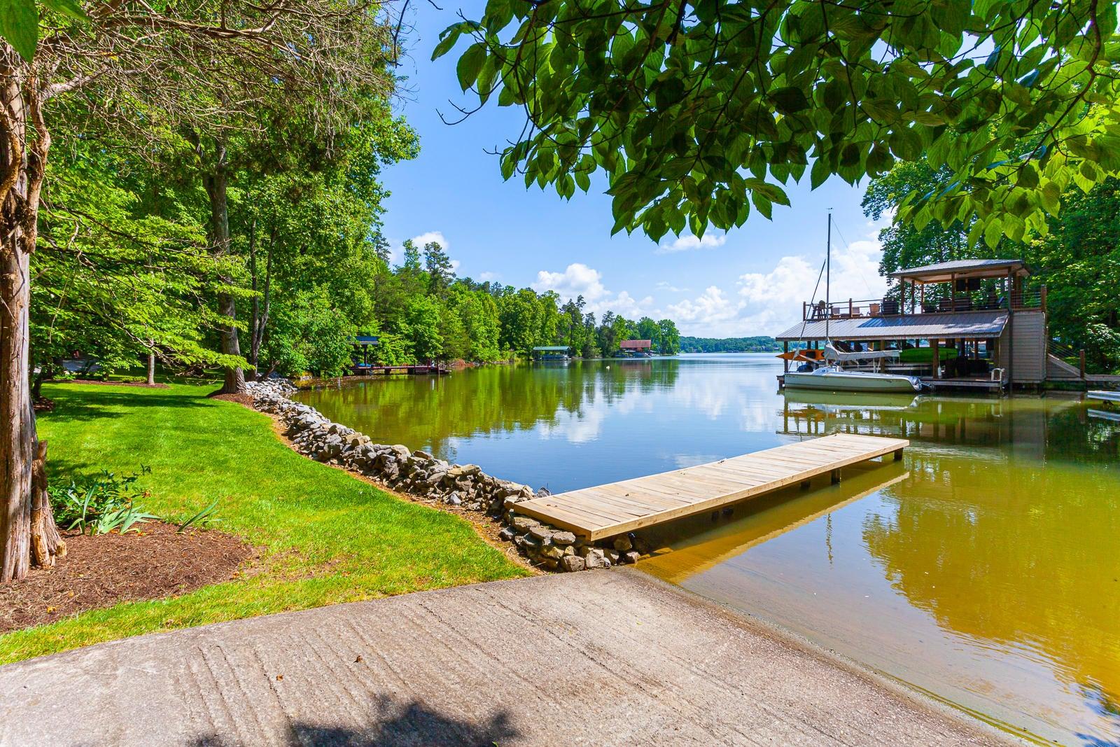 Boat Ramp & 2nd Dock