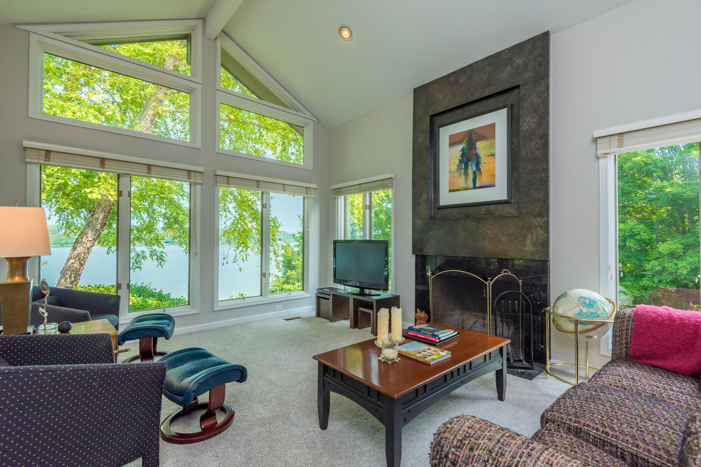 4858ScenicPointDr-16
