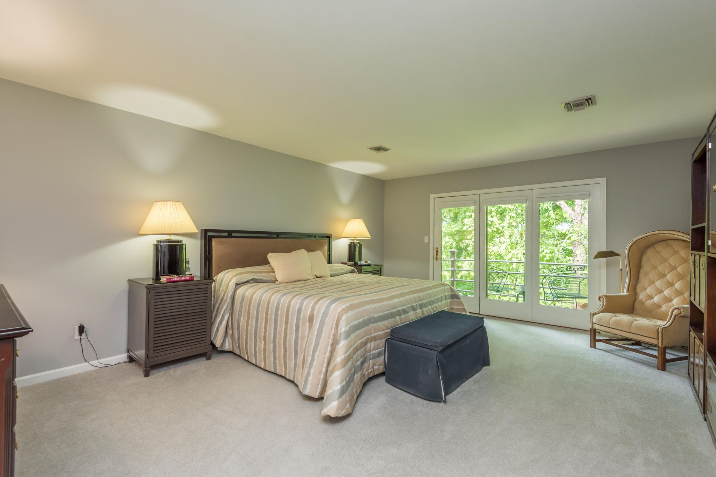 4858ScenicPointDr-22