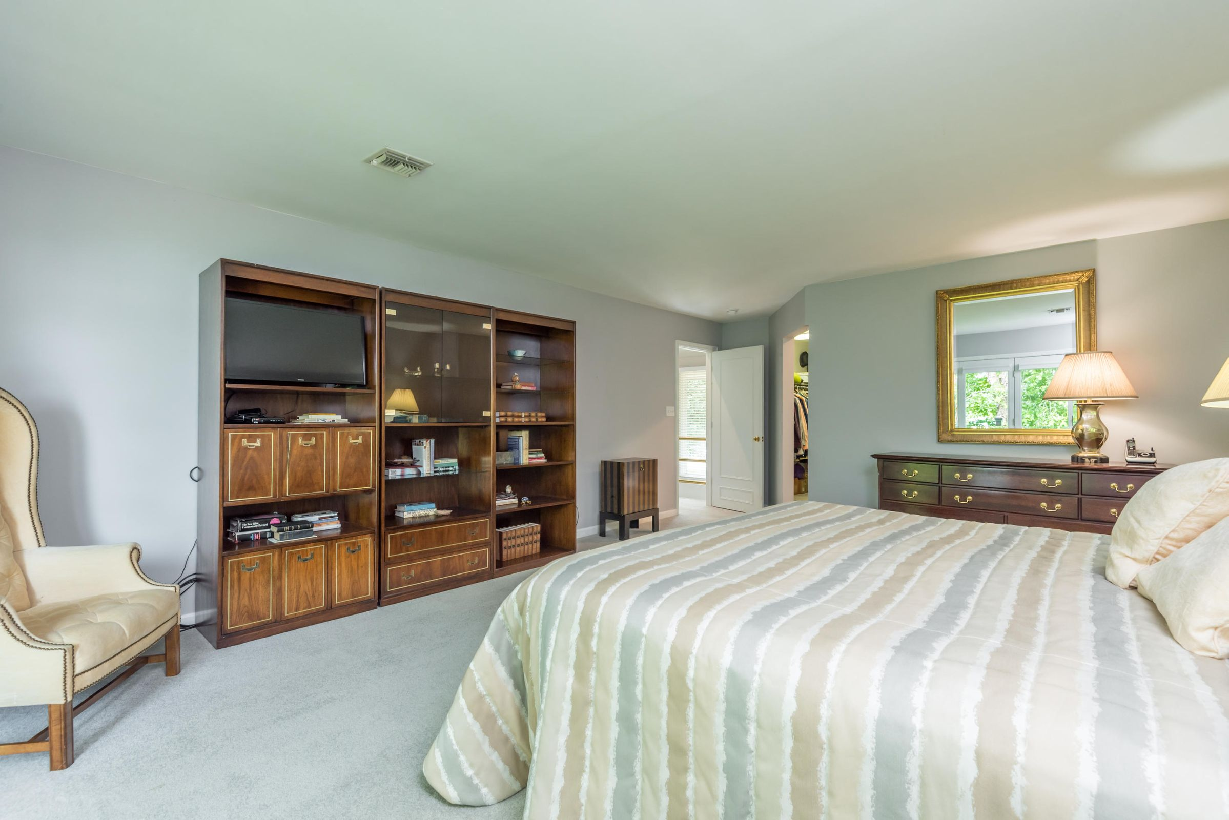 4858ScenicPointDr-23