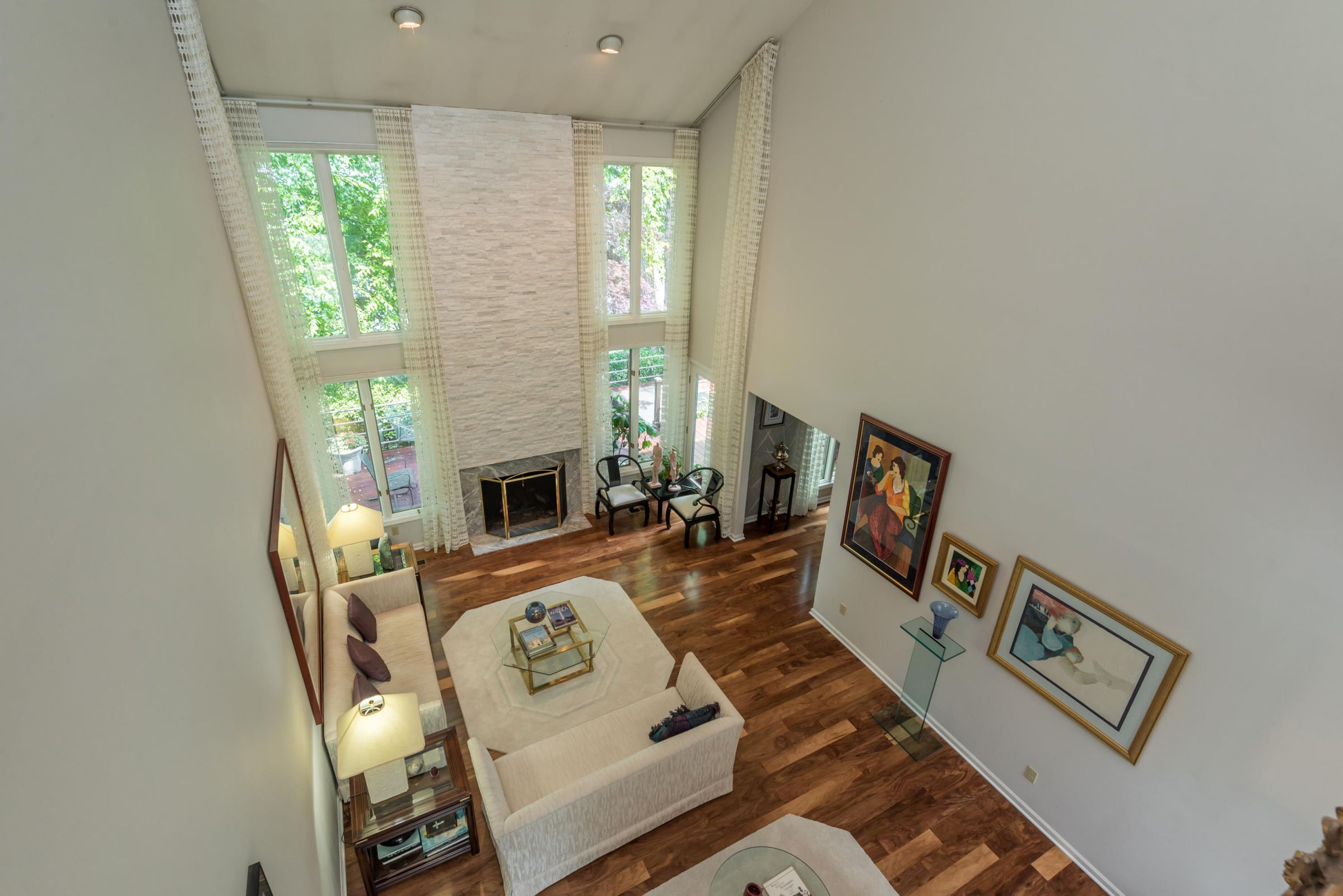 4858ScenicPointDr-29