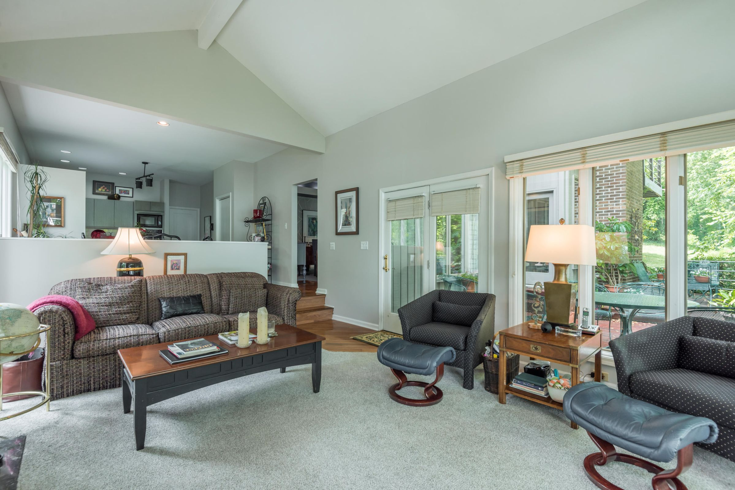 4858ScenicPointDr-17