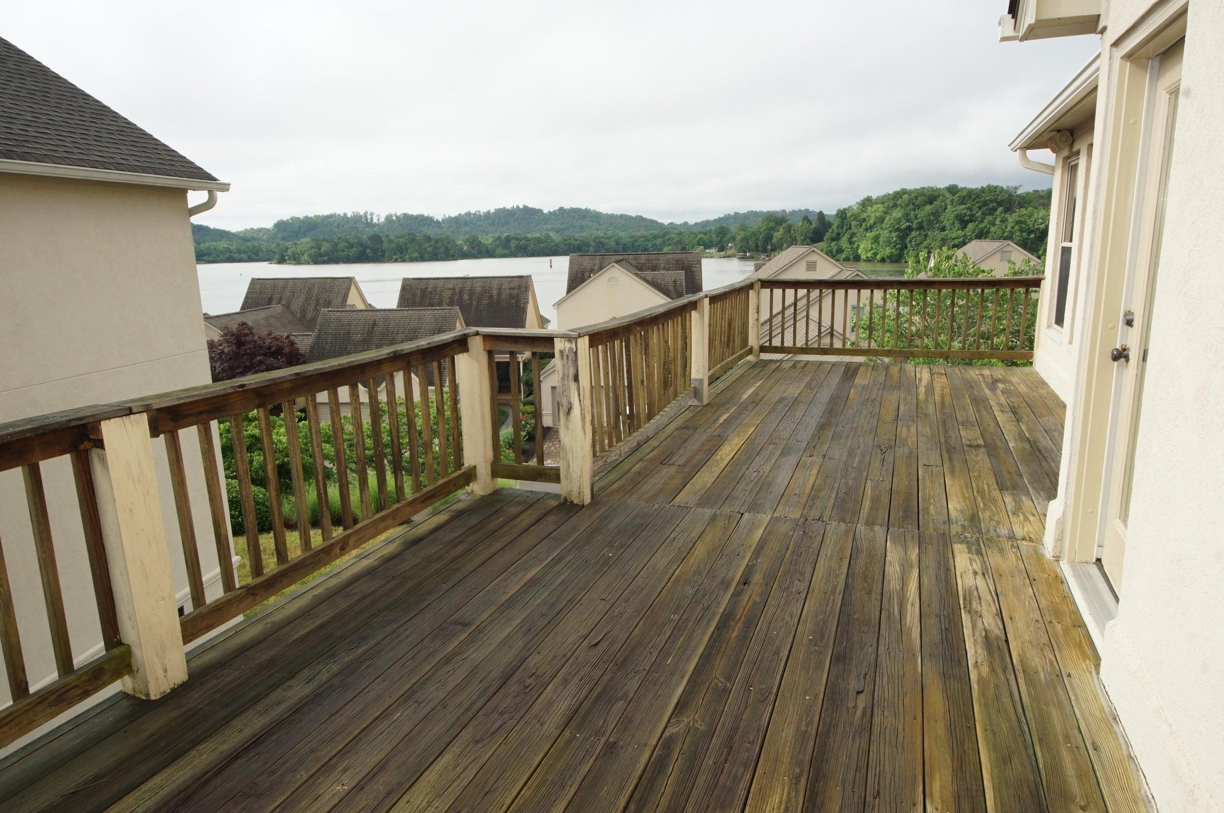 Master Deck Lake views 3