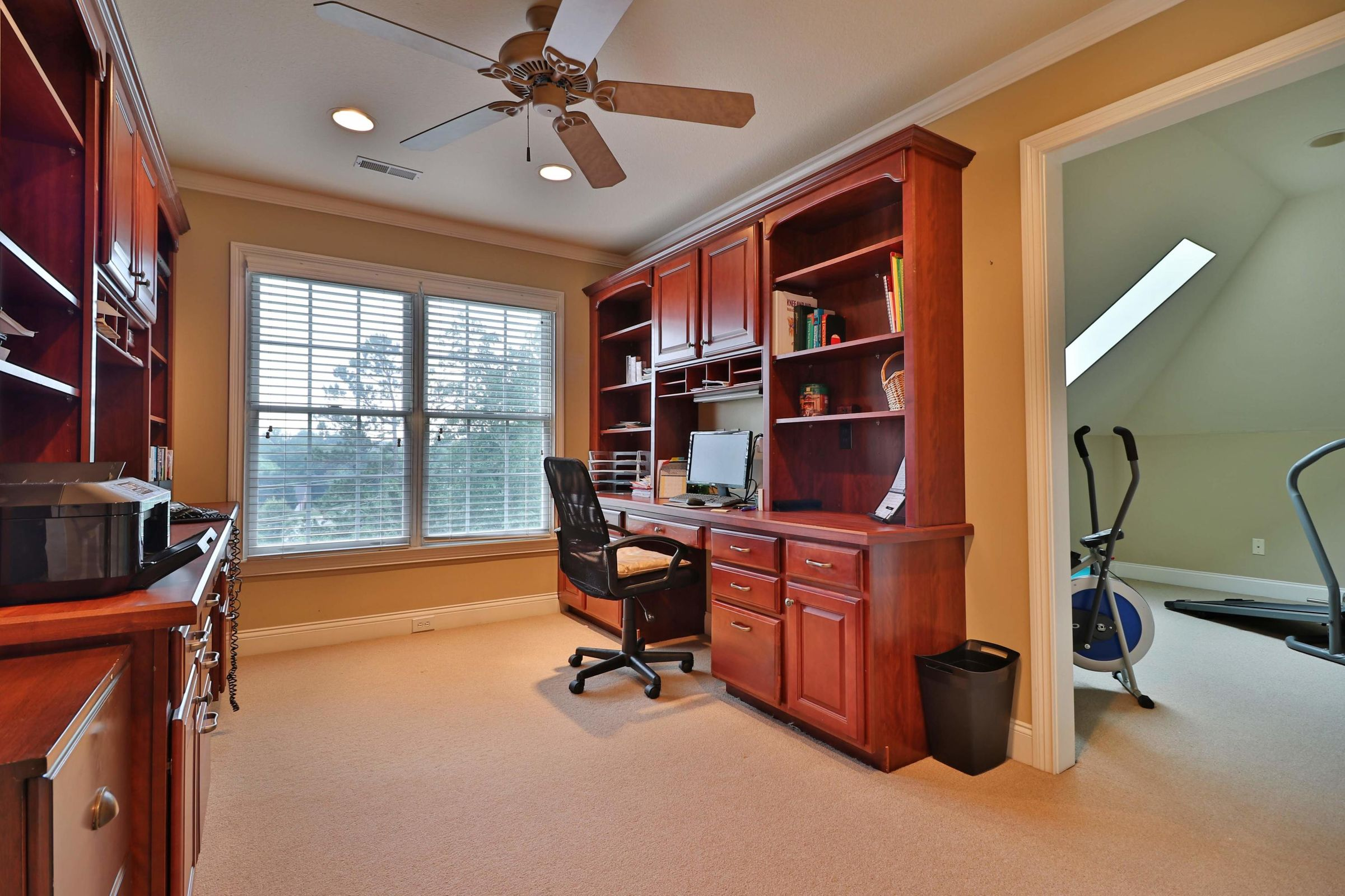 Office w/ Built ins