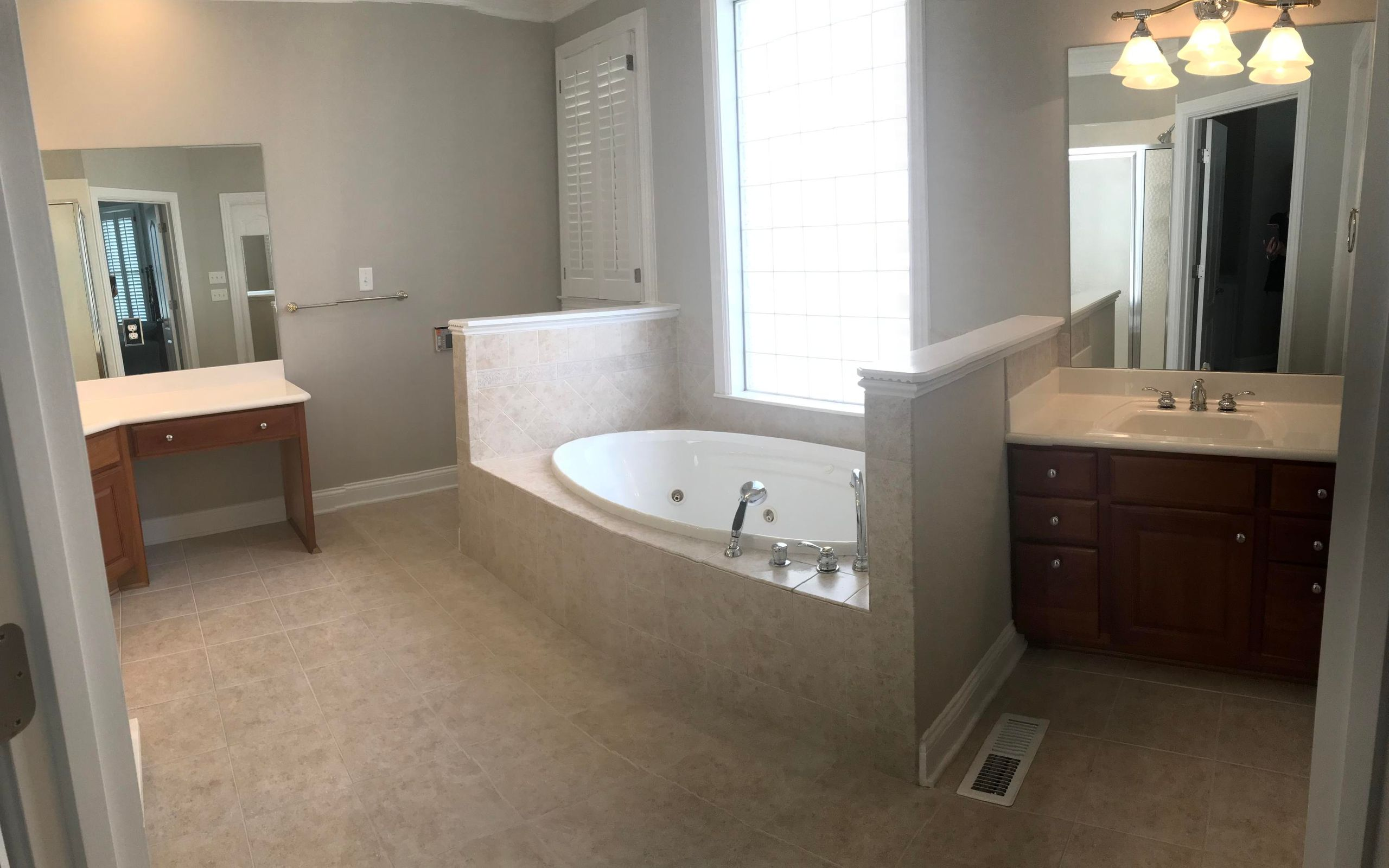 Double sinks-master bath
