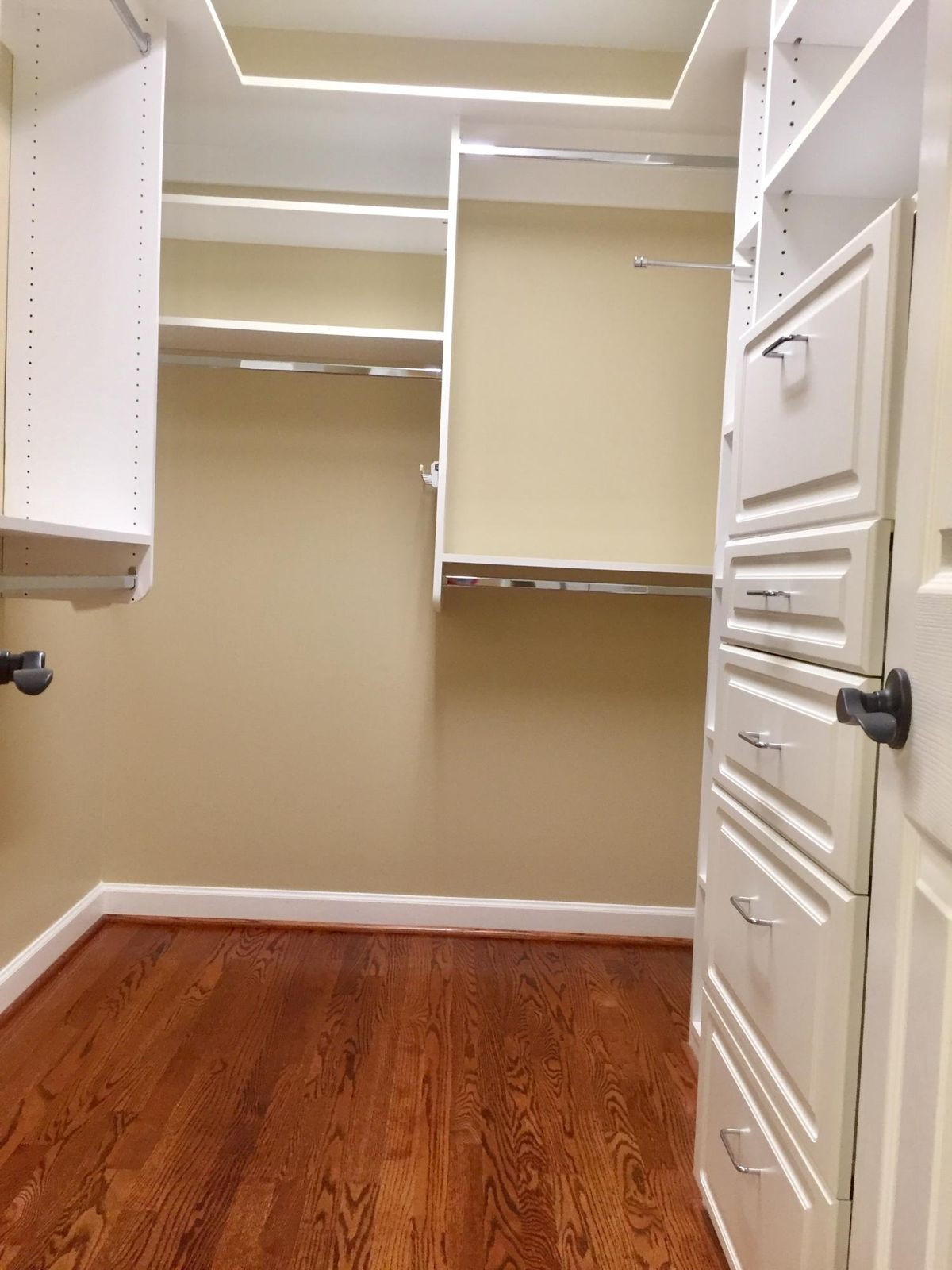 MASTER 2 CLOSETS/BUILT-IN CABINETS
