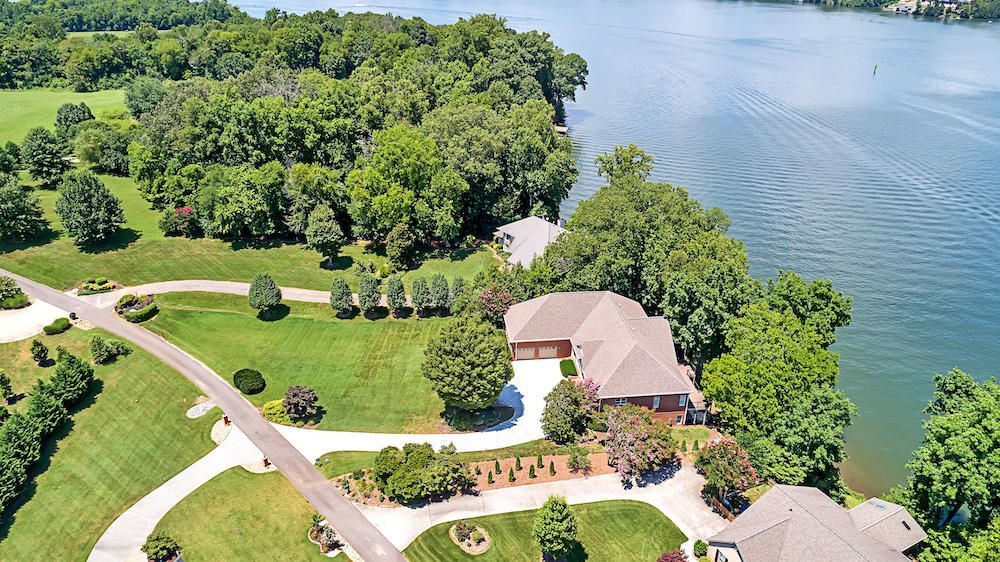 Aerial Shot of Property w/ the Lake