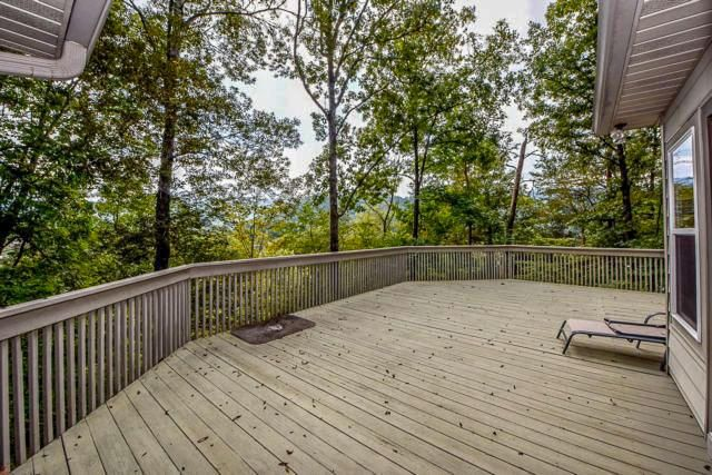 lodge back deck
