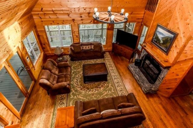 Lodge Living 2