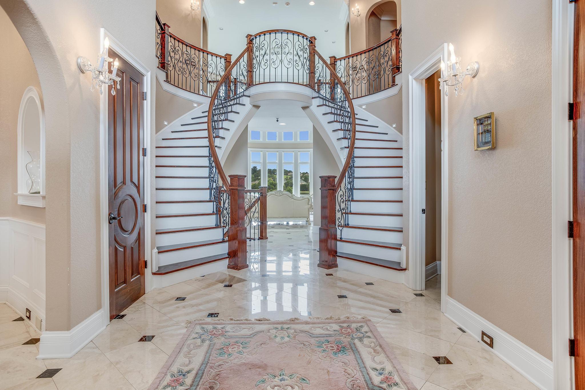 Grand Entry Foyer!