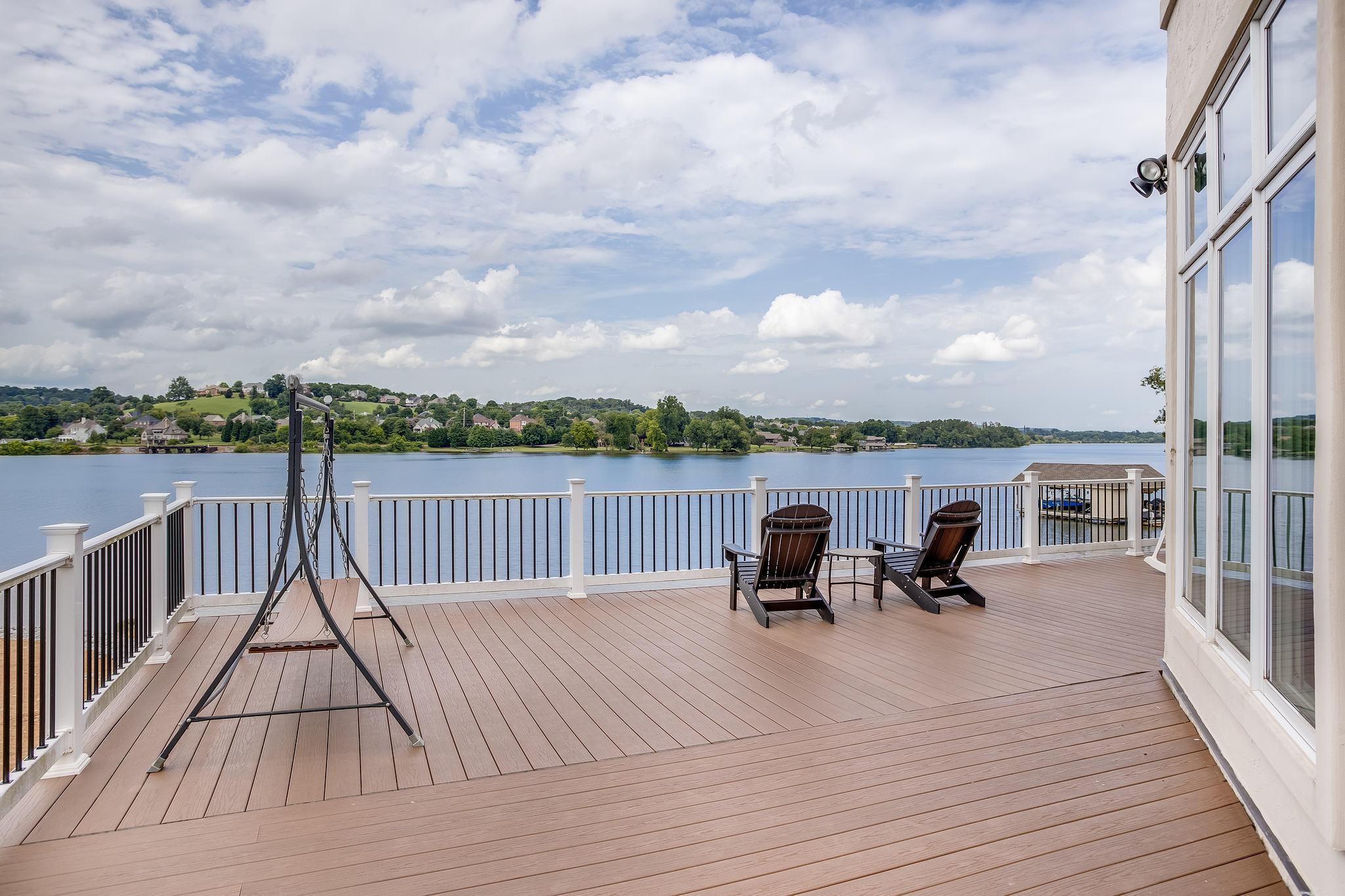 Beautiful Lake Views from Deck