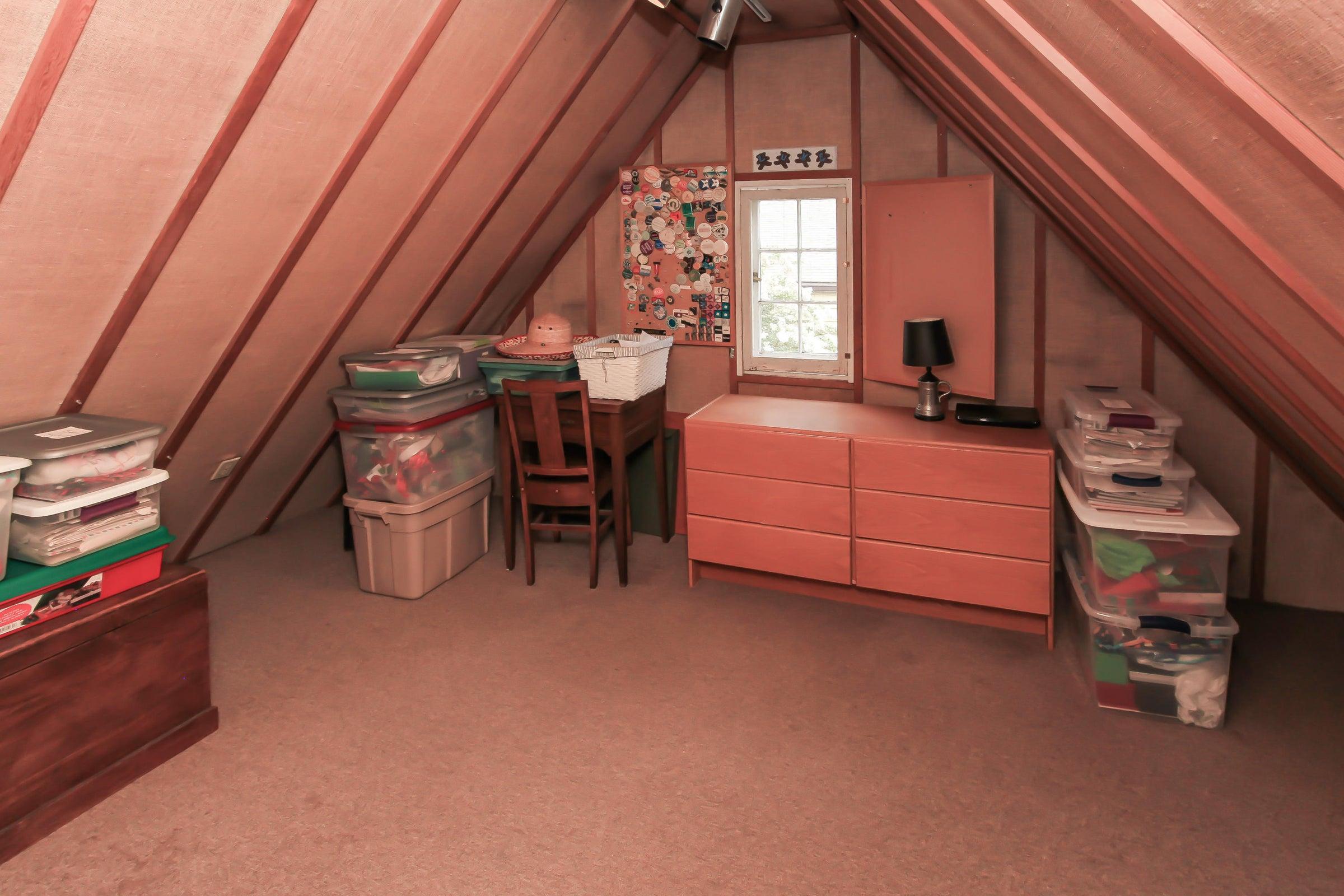 Storage off of Bedroom 4