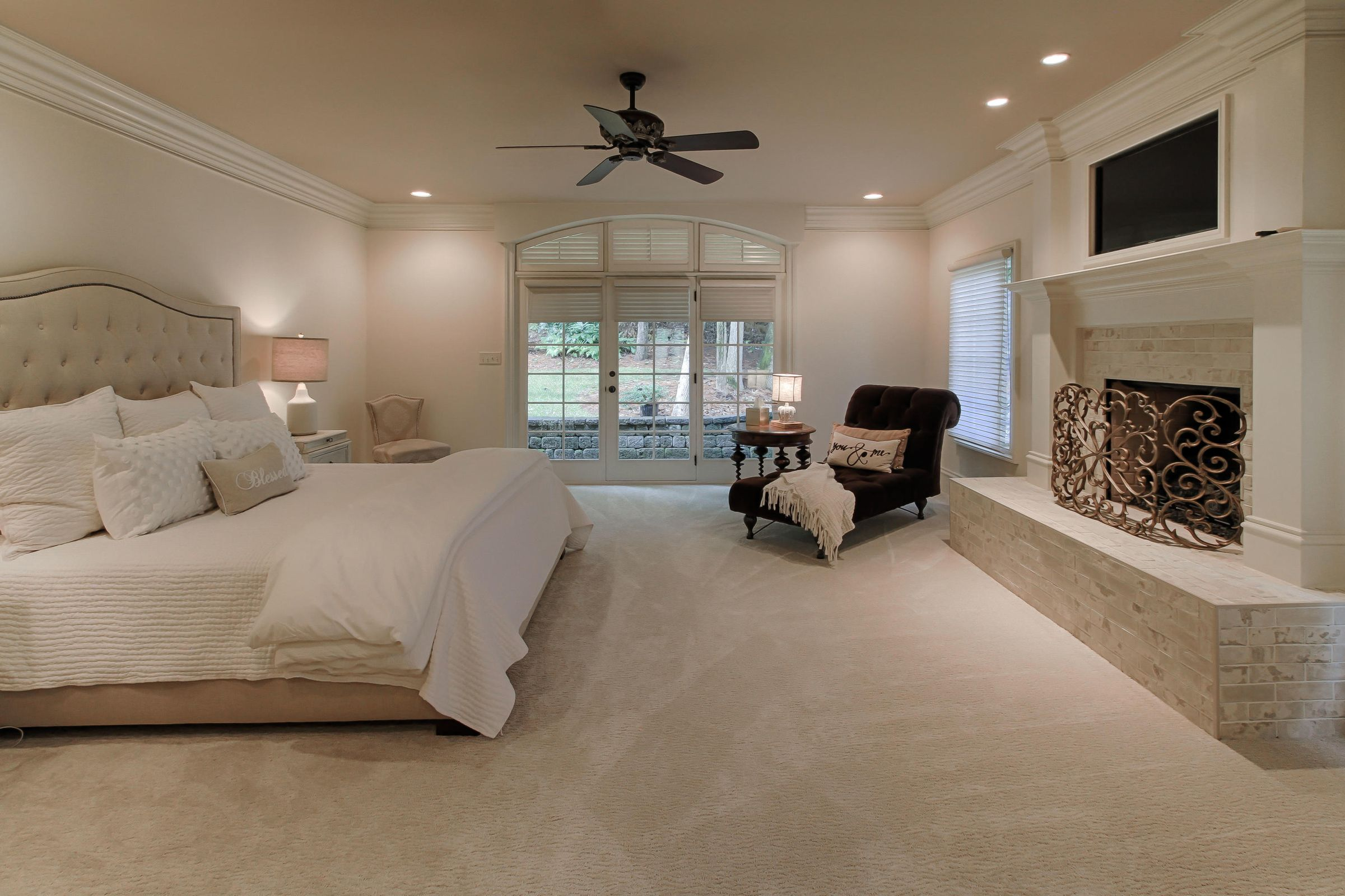 main level master suite