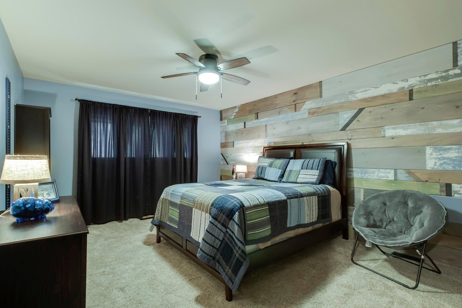 23_TwelveTreesLane_9508_Bedroom4