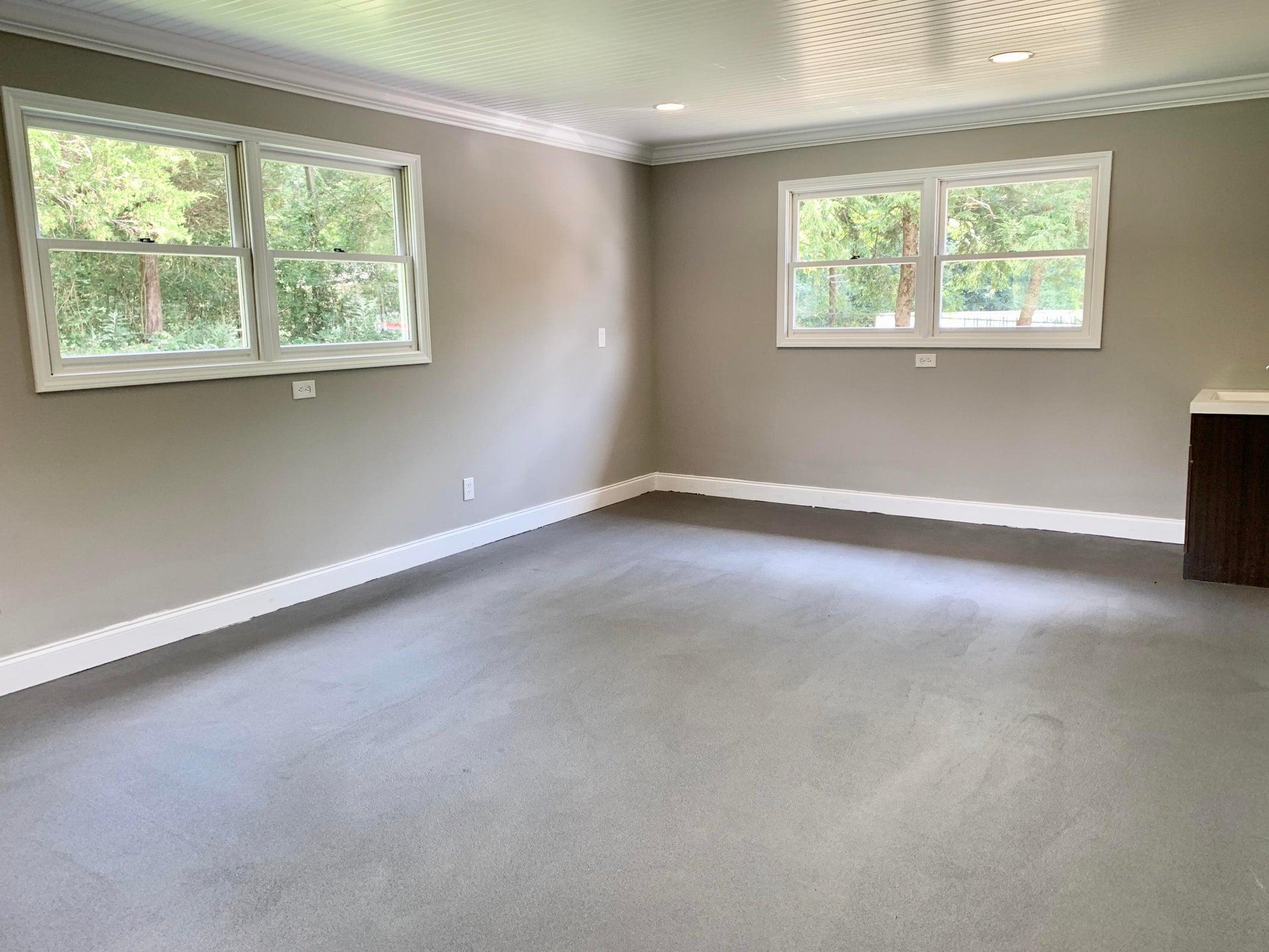 Detached flex room