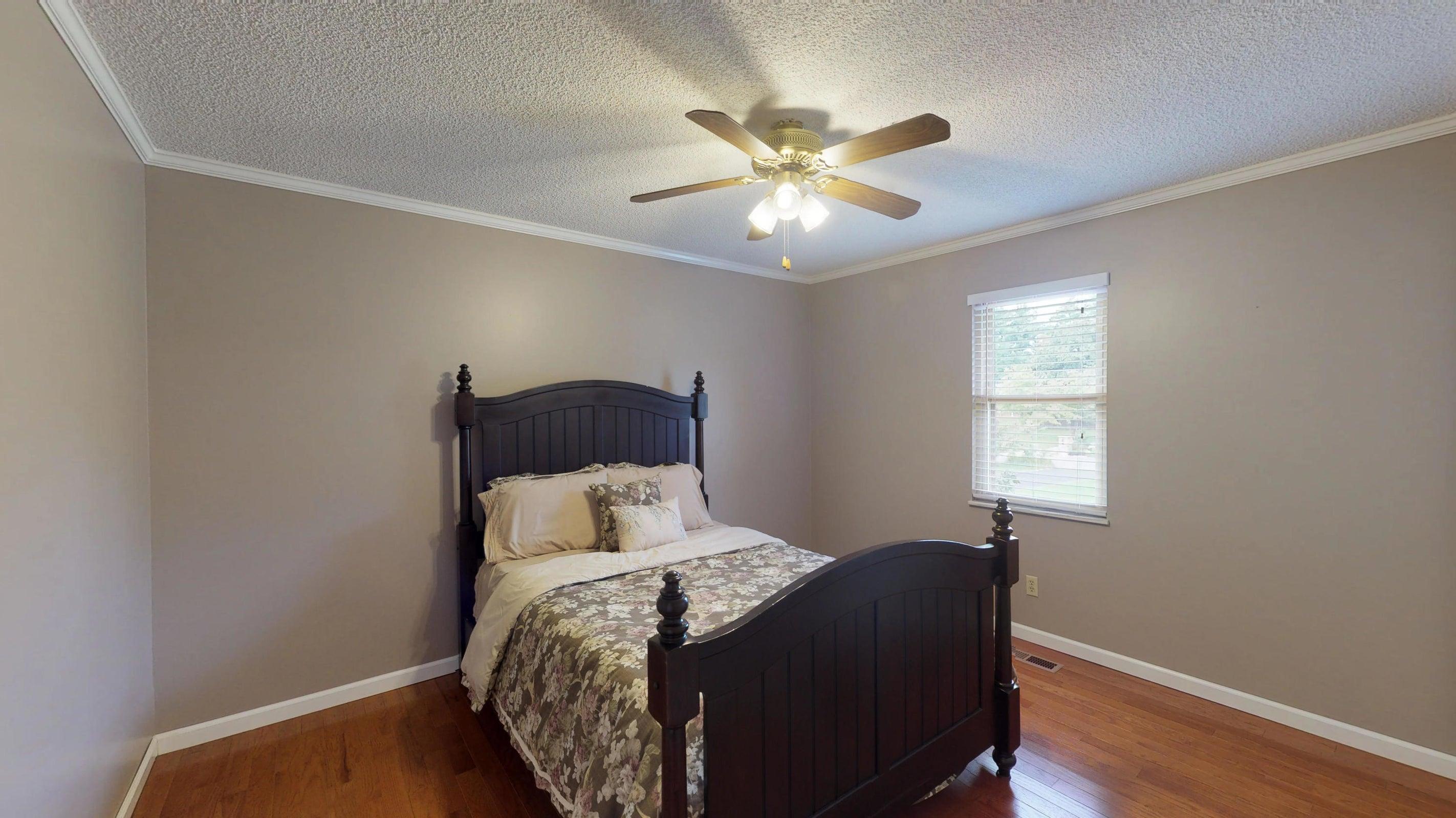 Galewood-Bedroom-II(1)