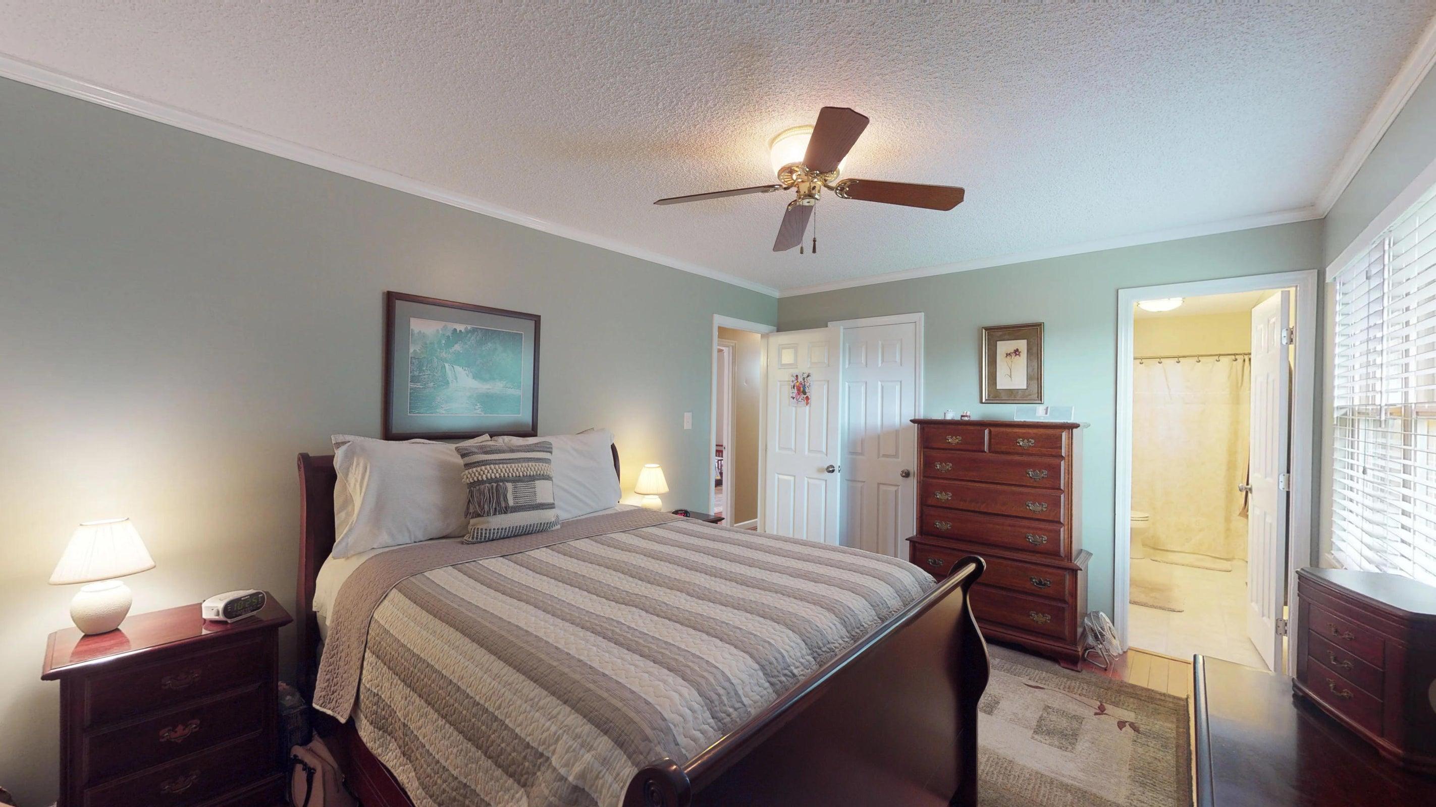 Galewood-Master-Bedroom
