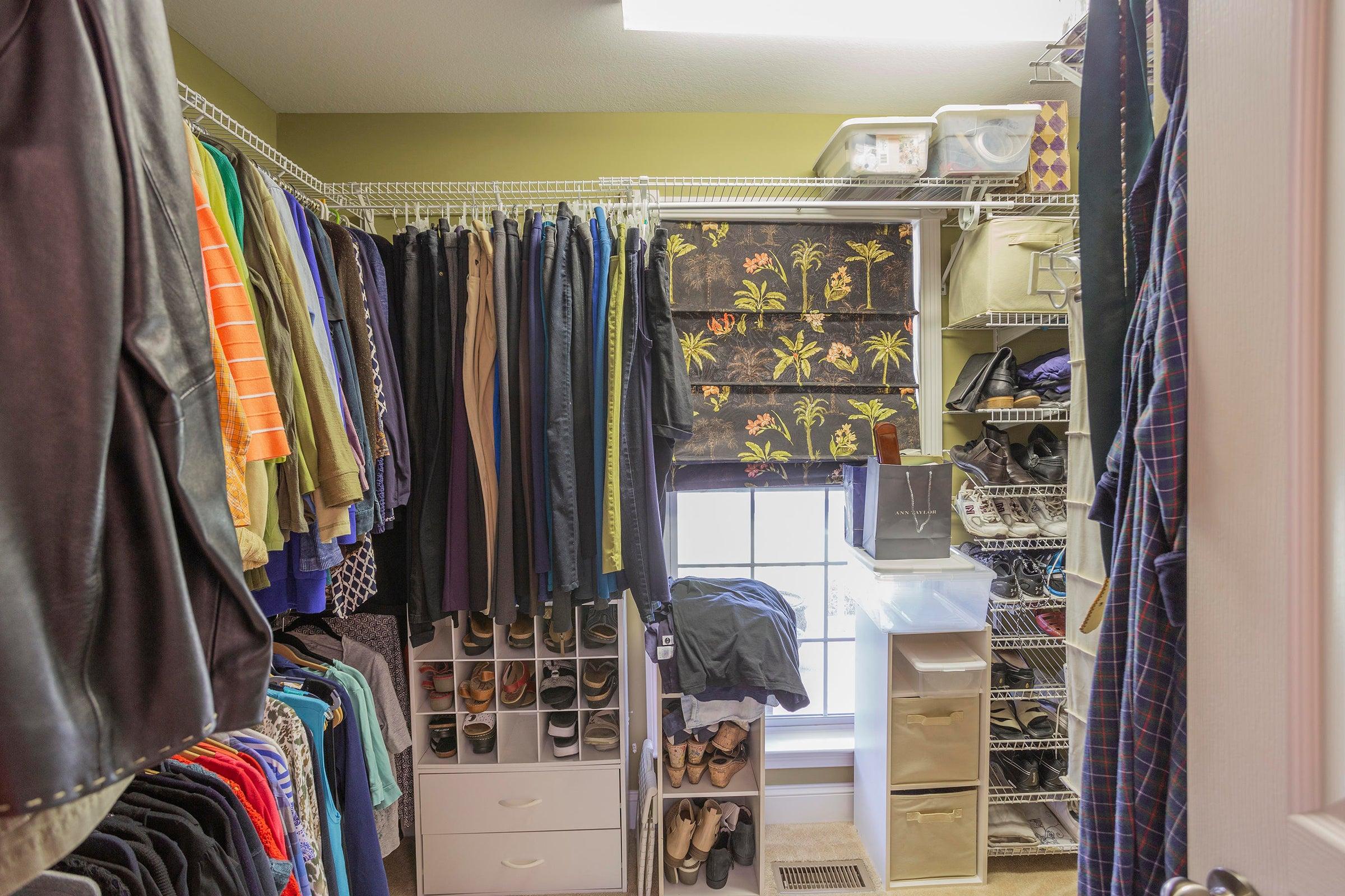 Interior_Master-Closet-01
