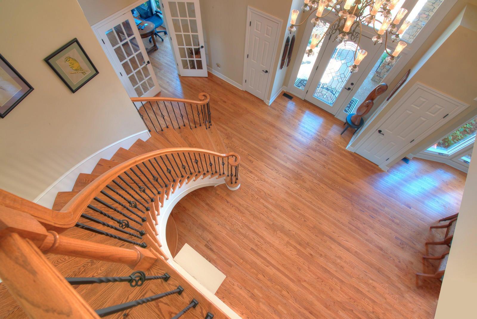 Up Foyer Stairwell OTB