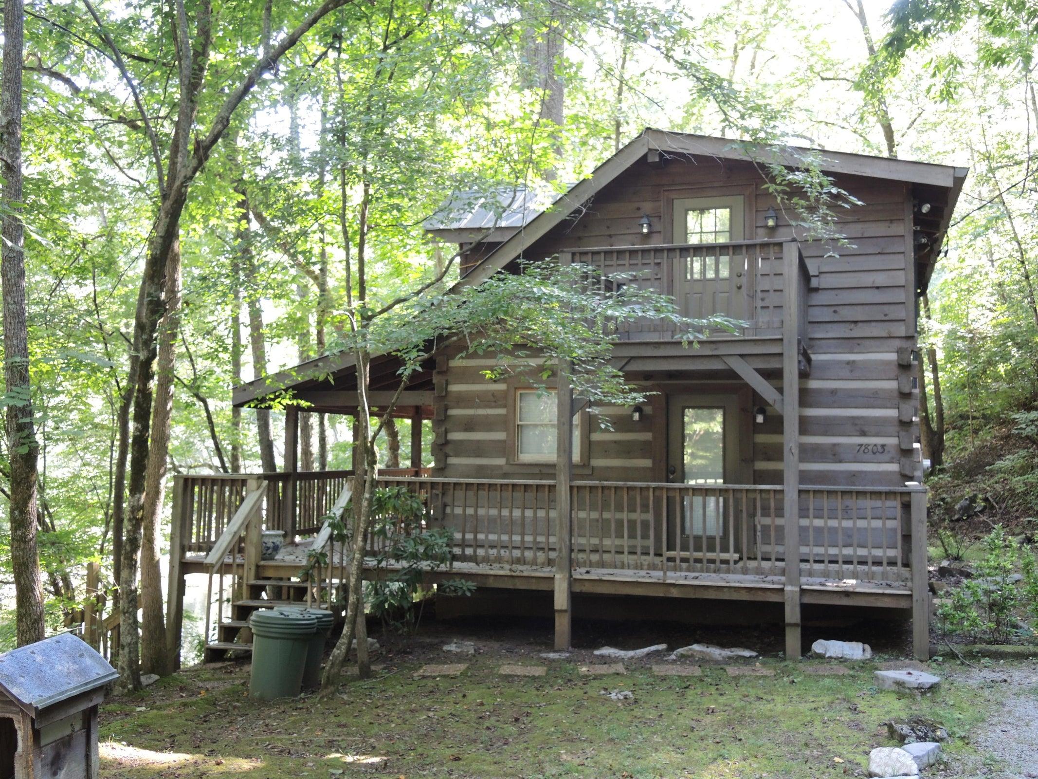 Loft Cabin(1)