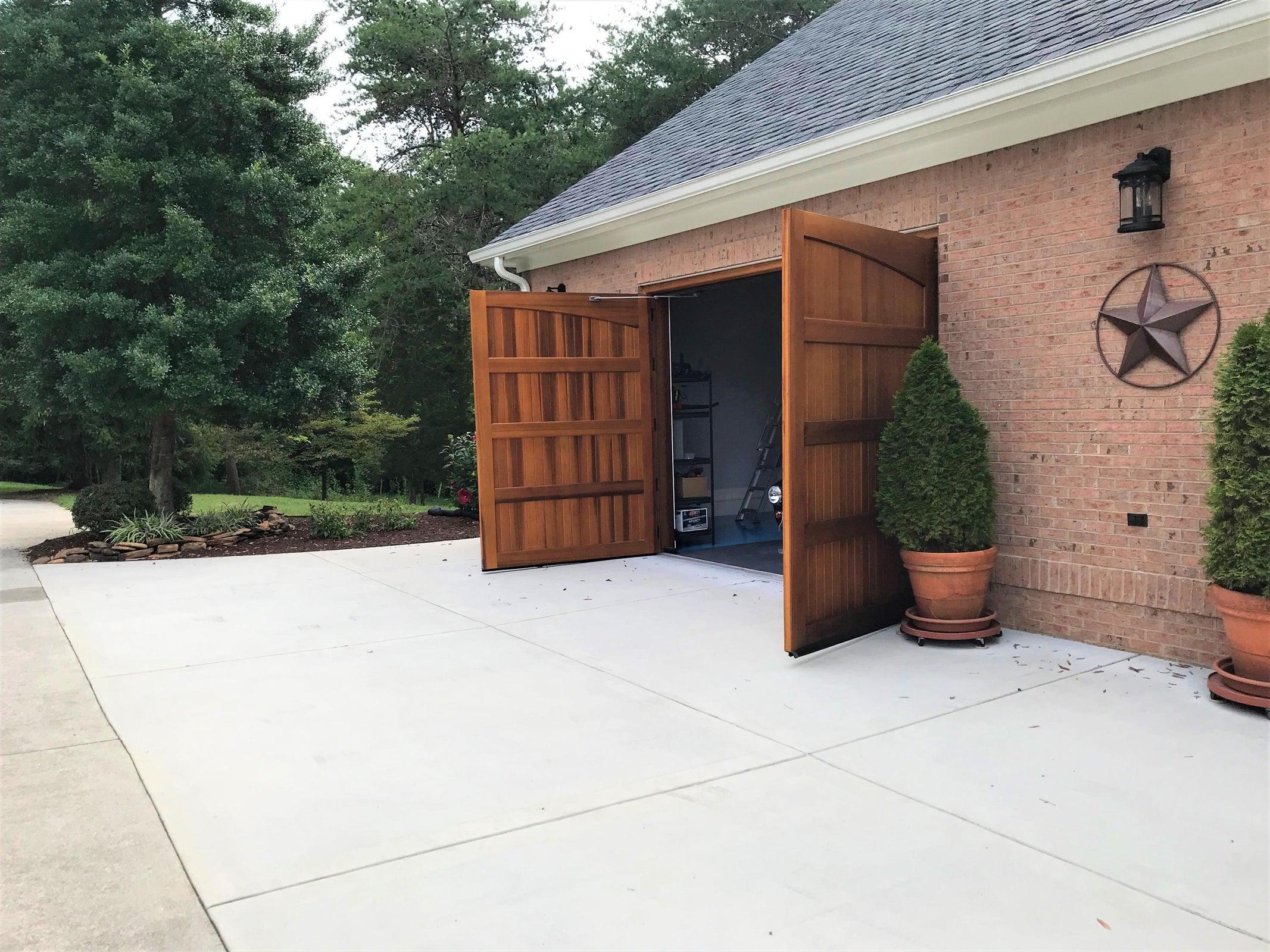 Garage Doors opening