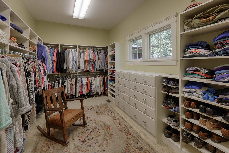 master br closet