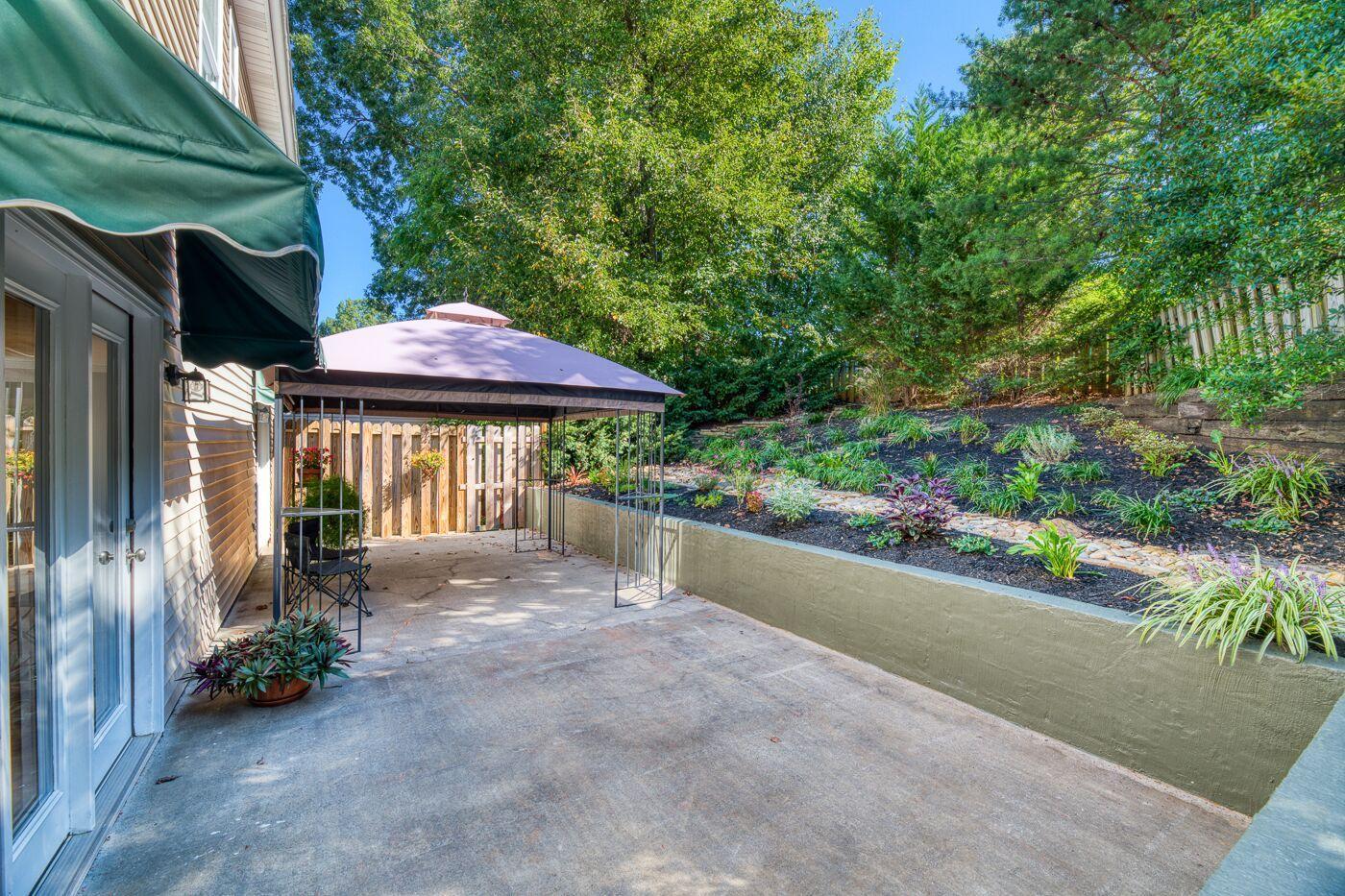 Ferncliff landscaped back yard