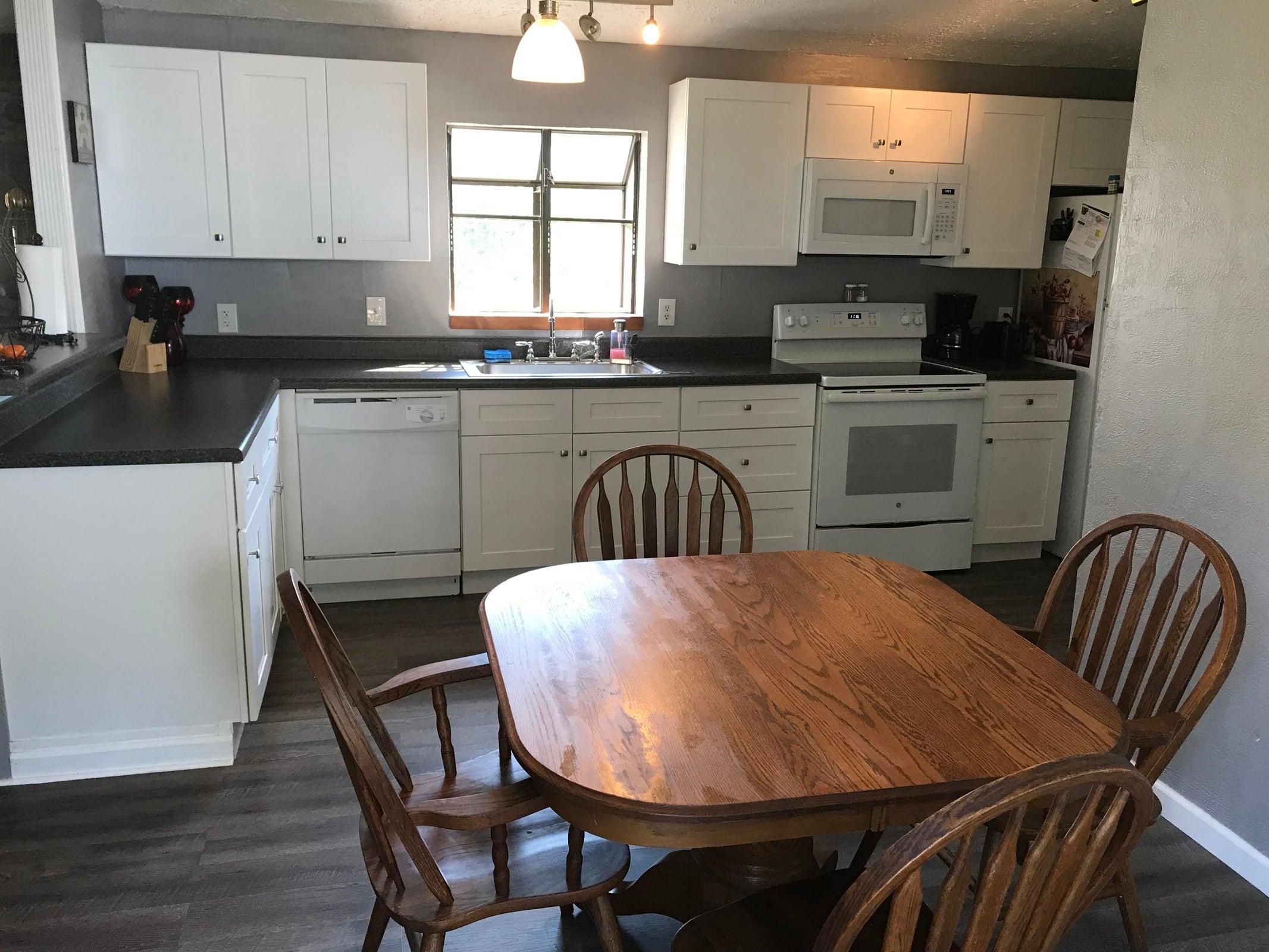 806 Old McGinley kitchen