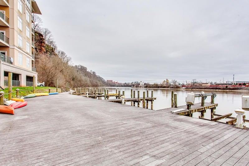 Deck-Boat Dock Area
