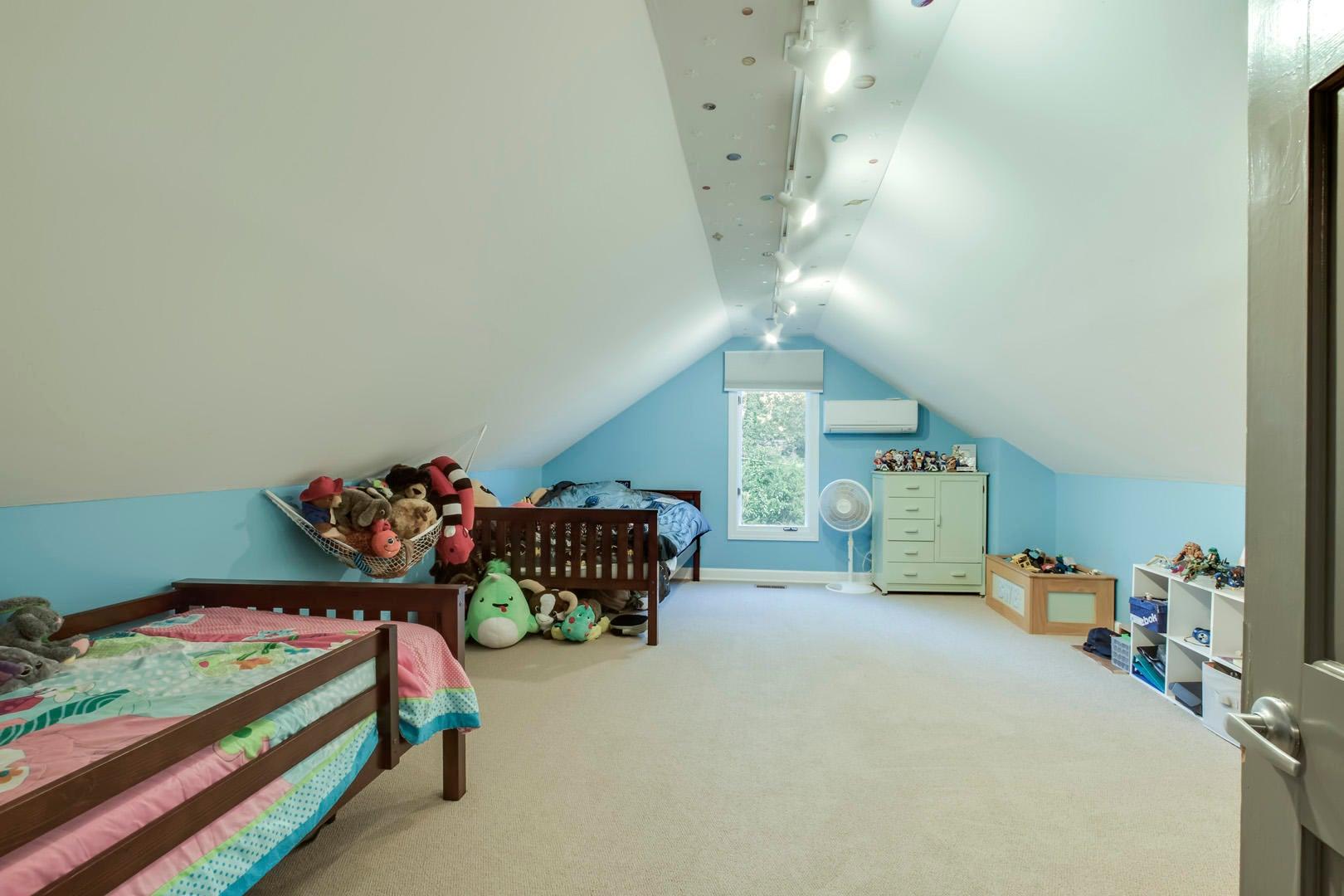 27_OakhurstDriveSW_431_Bedroom2