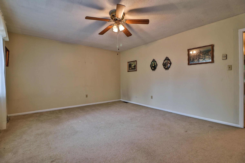 Living room 6208
