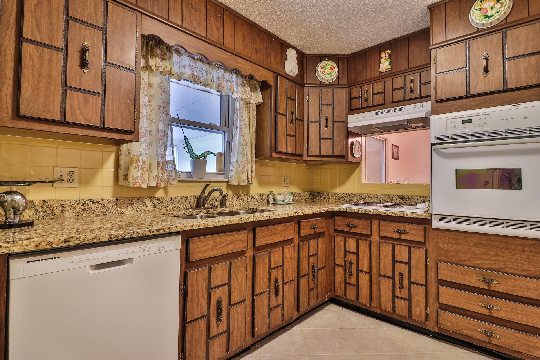 Kitchen 2 6208