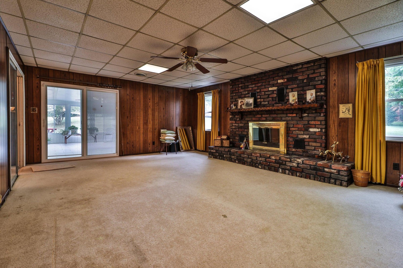 family room 2 6208