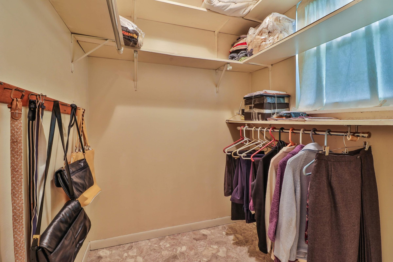 master bedroom closet 6208
