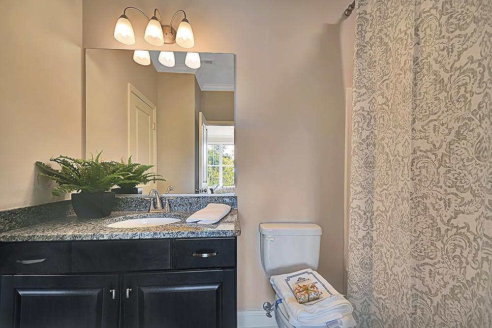 En suite bath for BR #2