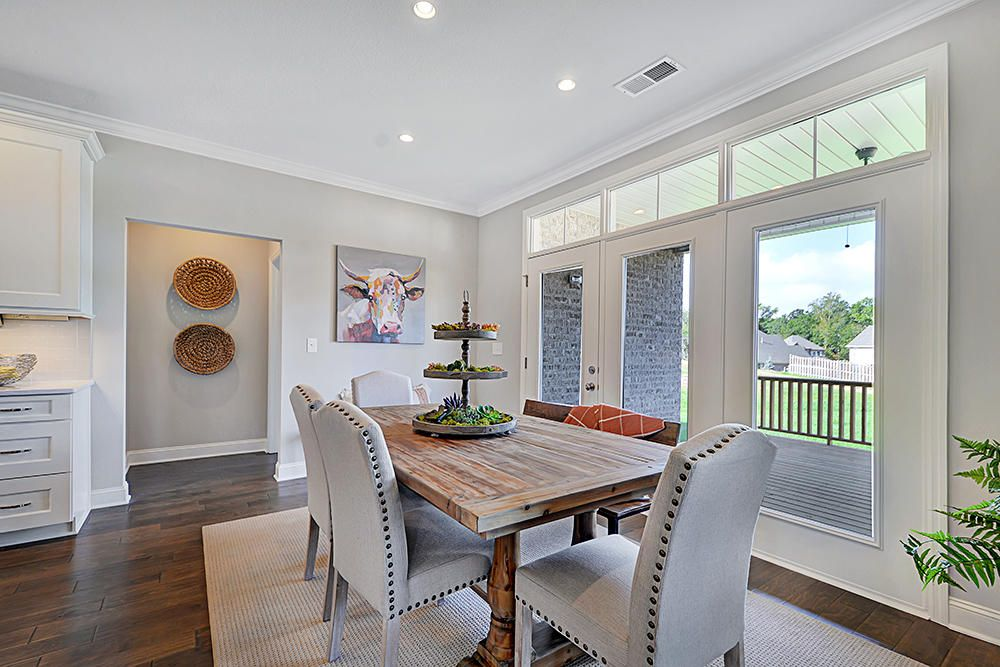 Casual dining space